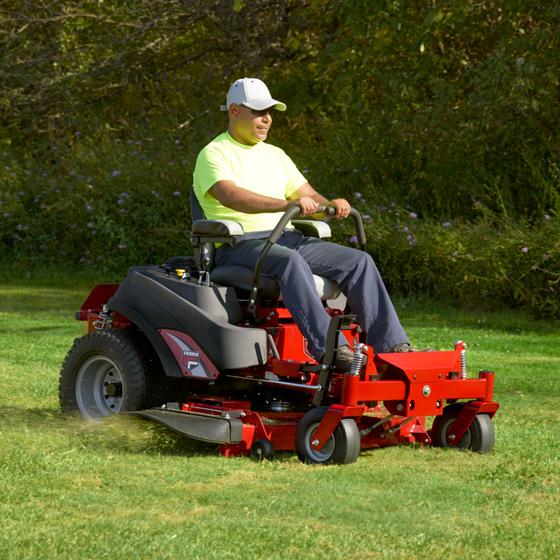 400S Series Zero Turn Lawn Mower | Ferris