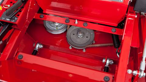 IS® 2600Z Series Zero Turn Mower   Ferris
