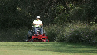 Ferris 400S Compact Zero-Turn Mower
